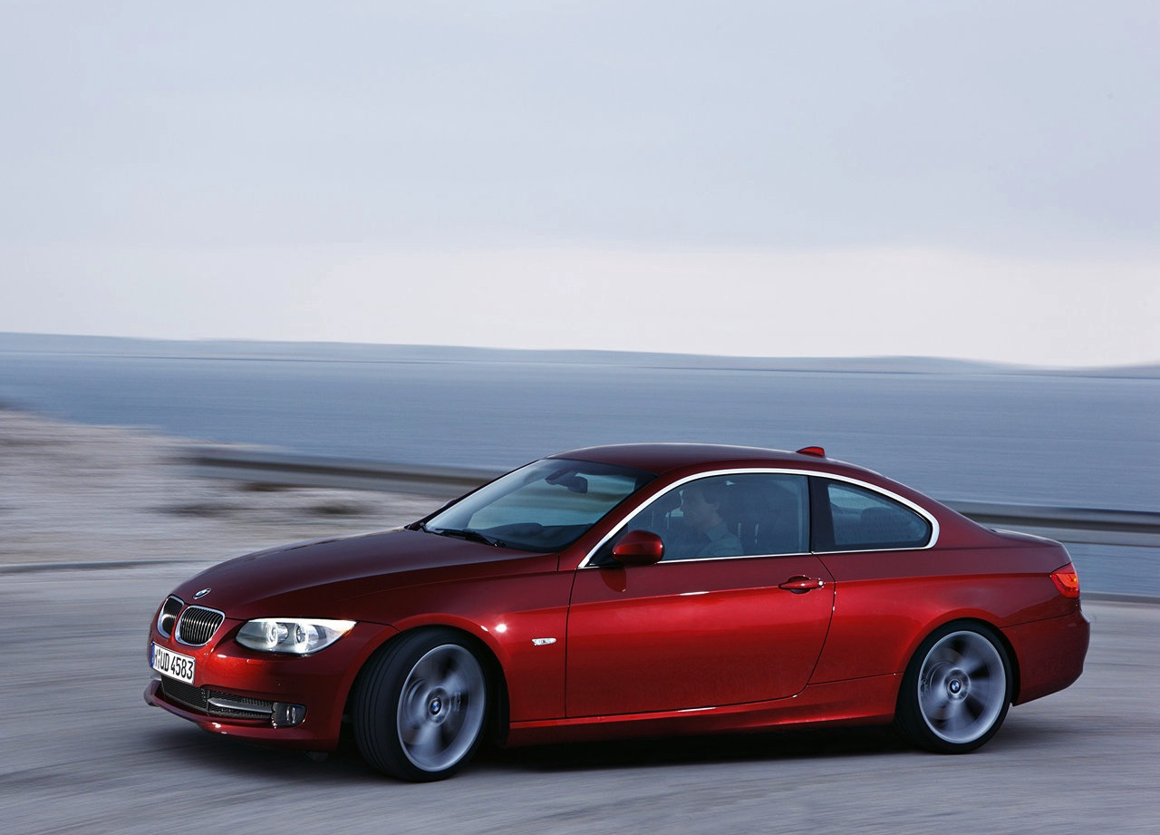 2011 bmw 3 series coupe the official blog of. Black Bedroom Furniture Sets. Home Design Ideas