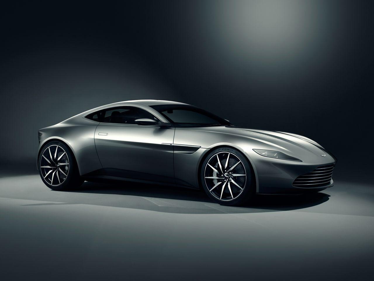 Aston-Martin DB10